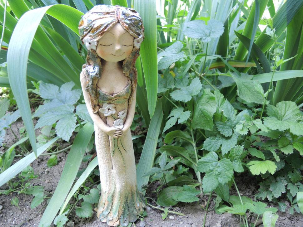 lesni víla zasněná květina keramika andee