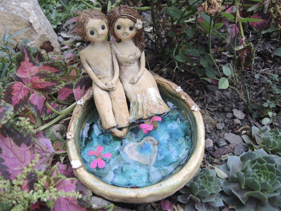 dvojice romance pítko jezírko srdce ona on láska keramika andee