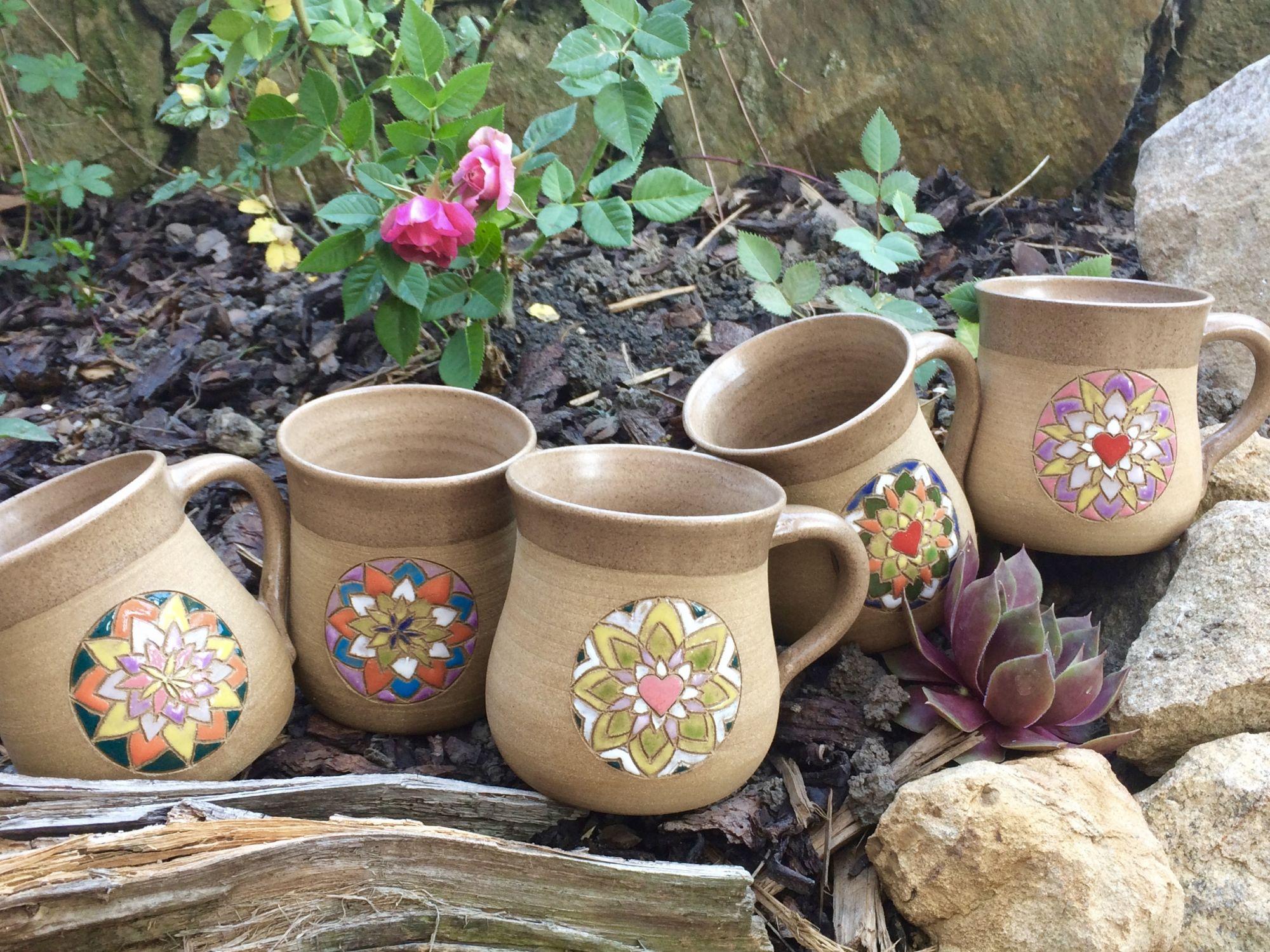 hrnek mandala srdce květ keramika andee