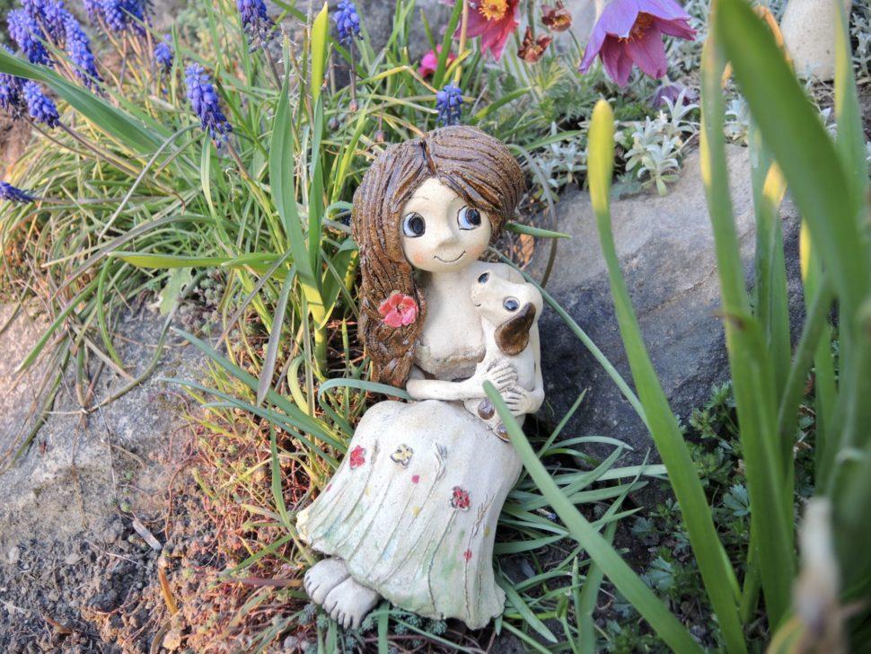 víla dívka panenka pes pejsek mazlíčci květina