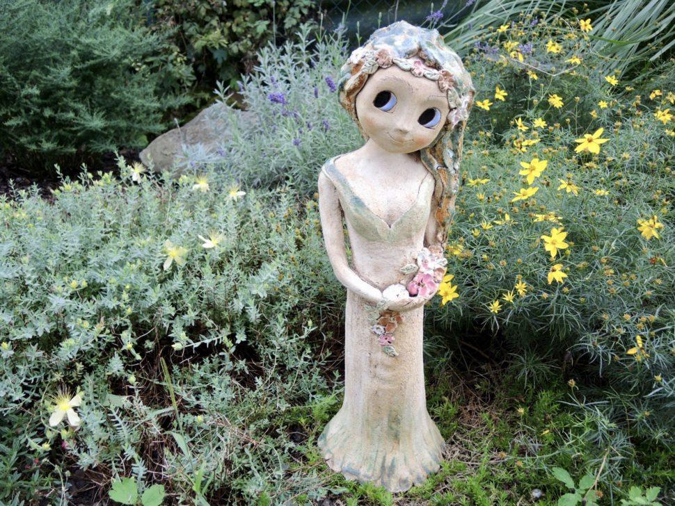 lesni víla květina strom zasněná keramika andee socha