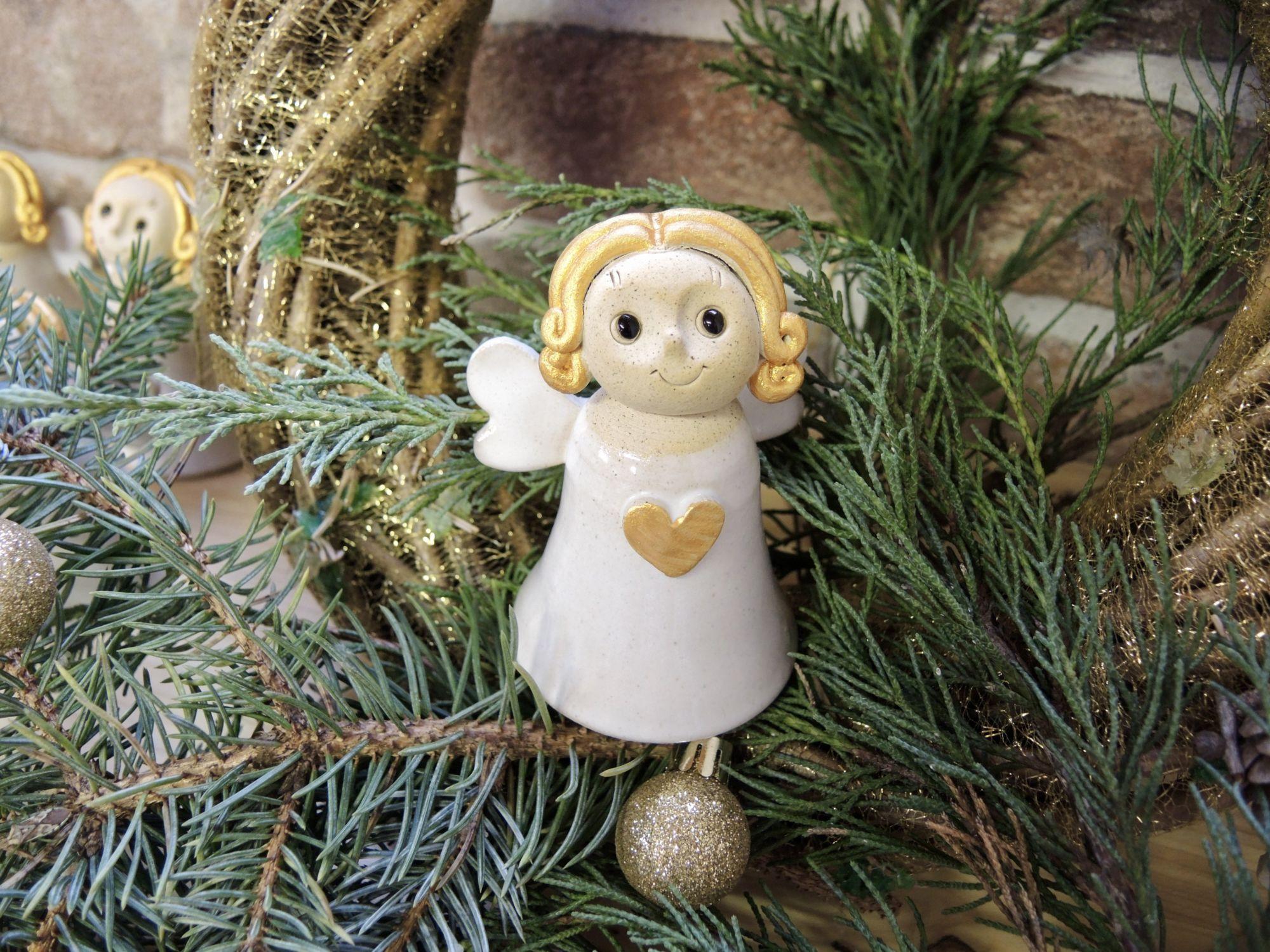 anděl andílek zvonek zvoneček kzavěšení dekorace srdce hvězda vánoce keramika keramikaandee